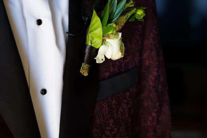 Groom Boutonniere White Flower1