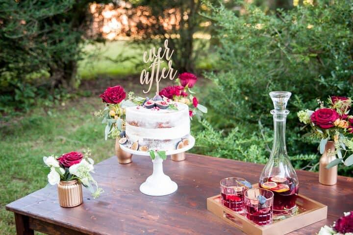 Small Wedding Cake Naked Rustic Idea