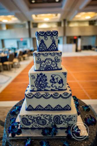blue wedding cake - henna inspired wedding cake - wedding cake for Indian wedding
