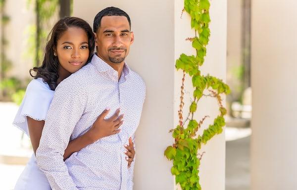 Philadelphia couple pose for engagement photos