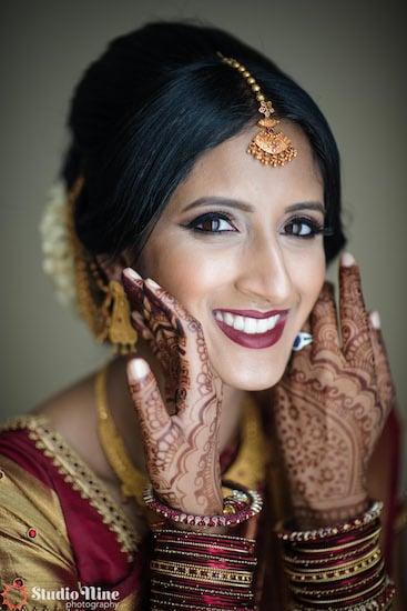 South Asian bride wearing beautiful jewelry
