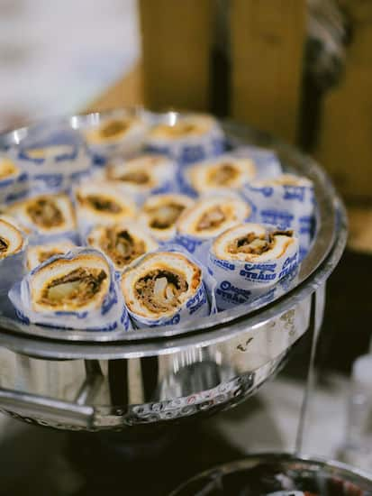 cheesesteaks and soft pretzels as late night snacks at a Philadelphia wedding at the Please Touch Museum